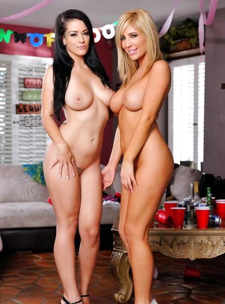 Nude Coeds Pics