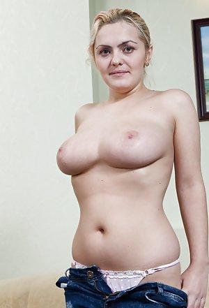 Housewife Nude Pics