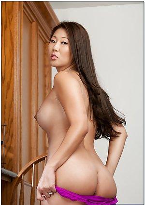 Nude Asians Pics